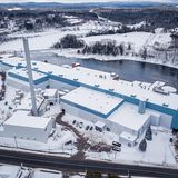 Photo of shuttered paper mill in Madison, Maine